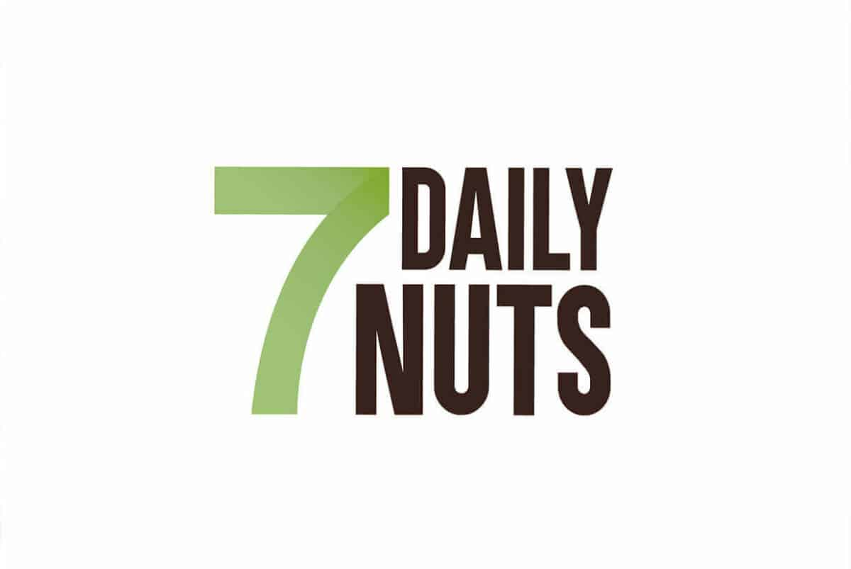 7-daily-nuts-logotipo-blanco